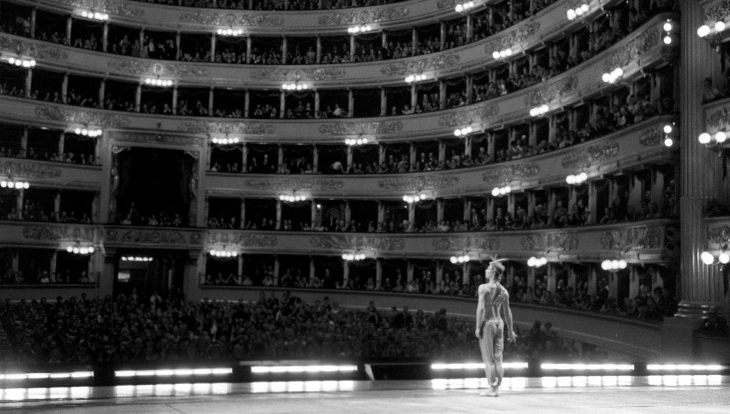 Nureyev alla Scala: Il Corsaro (1966) - ph Erio Piccagliani