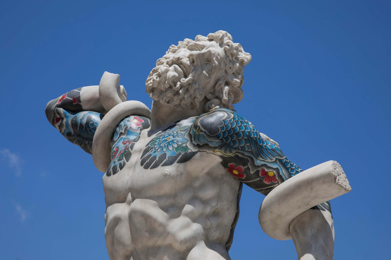 Truly, a Pietrasanta la personale di Fabio Viale
